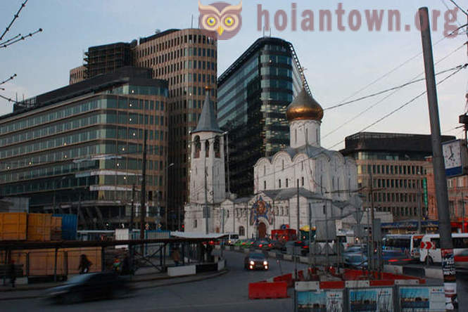 Moscow contrast: a mixture of architectural styles of the city