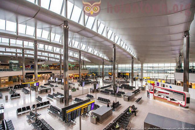 Walk on the updated Terminal 2 Heathrow