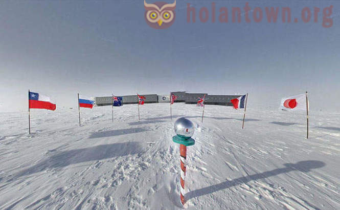 Antarctic research with Google Street View