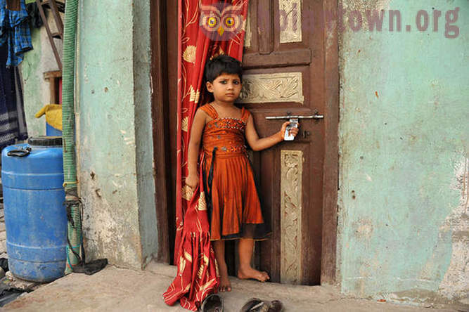 In the wake of Shantarama - one day in the slums of Bombay
