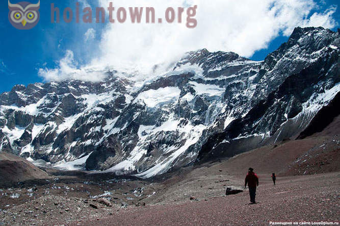 The highest mountains on six continents