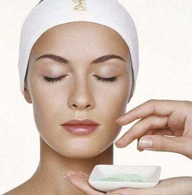Facial cleansing at the beautician: reviews. How do the cleaning person Estheticians